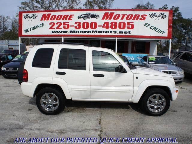 2004 JEEP LIBERTY LIMITED 4DR SUV white at moore motors everybody rides good credit bad credit