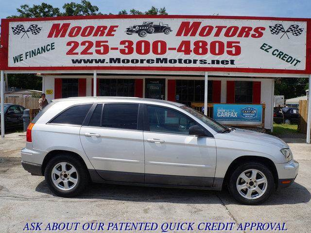 2005 CHRYSLER PACIFICA TOURING FWD silver at moore motors everybody rides good credit bad credi