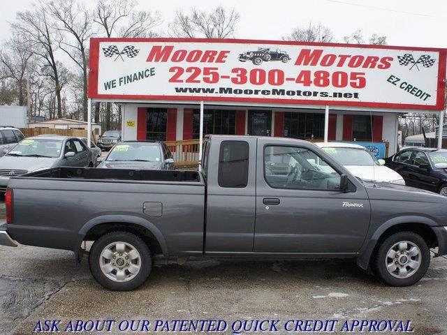 2000 NISSAN FRONTIER XE 2DR EXTENDED CAB SB grey at moore motors everybody rides good credit b