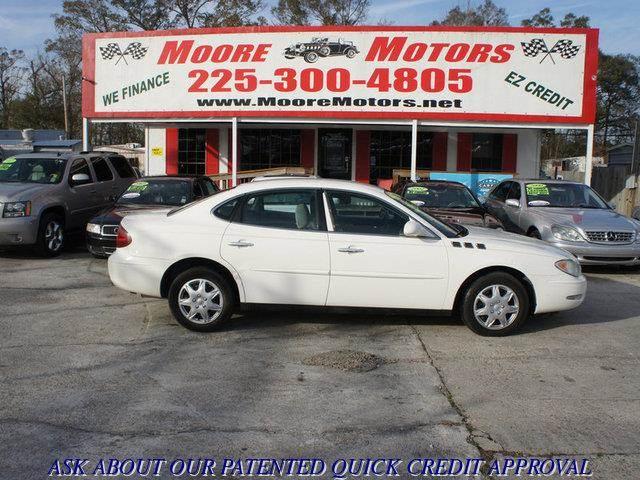 2005 BUICK LACROSSE CX 4DR SEDAN white at moore motors everybody rides good credit bad credit