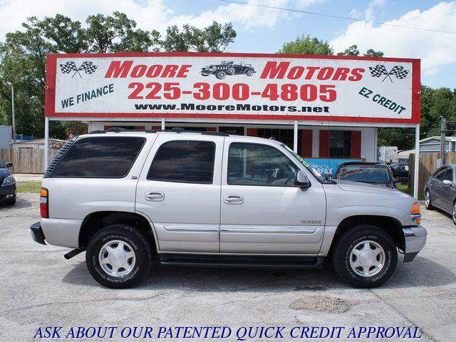 2004 GMC YUKON 2WD silver at moore motors everybody rides good credit bad credit no problem