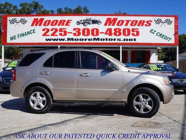 2007 KIA SORENTO LX 2WD gold at moore motors everybody rides good credit bad credit no proble