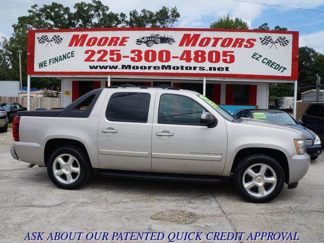 2007 CHEVROLET AVALANCHE LTZ 4WD pewter at moore motors everybody rides good credit bad credit