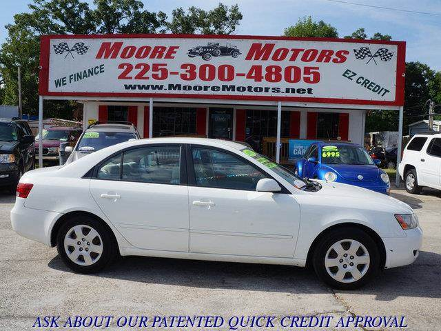 2008 HYUNDAI SONATA GLS 4DR SEDAN 4A white at moore motors everybody rides good credit bad cred