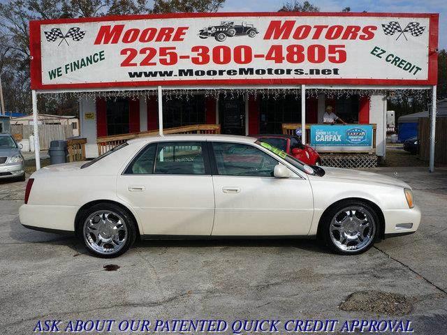 2003 CADILLAC DEVILLE BASE 4DR SEDAN white at moore motors everybody rides good credit bad cred