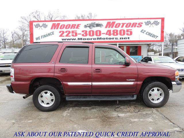 2003 GMC YUKON 2WD red at moore motors everybody rides good credit bad credit no problem we