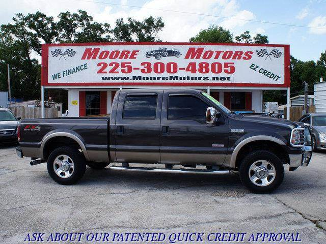 2006 FORD F-250 SUPER DUTY SUPER DUTY LARIAT 4WD green at moore motors everybody rides good cred