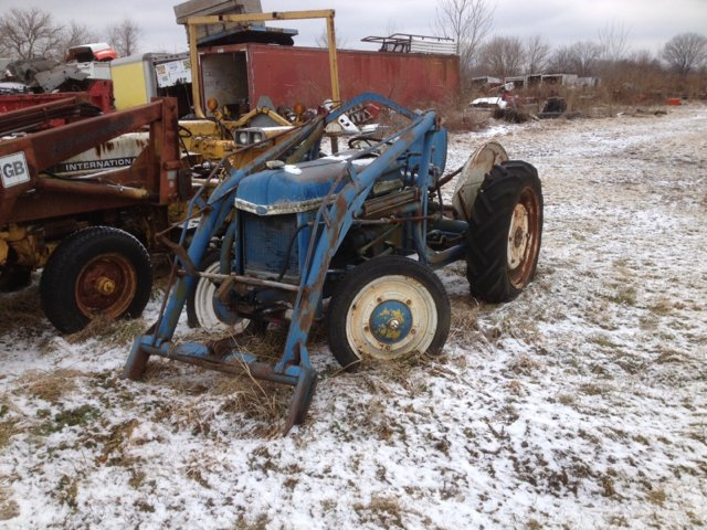 Ford 9n Loader : Ford n with loader in gilman il al witvoet and