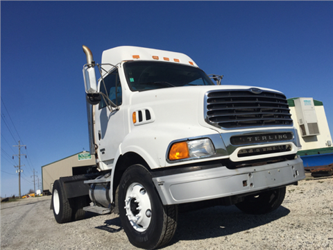 2005 Sterling Single Axle Air Ride Mercedes Diesel Powered 455Hp for sale in Gilman, IL