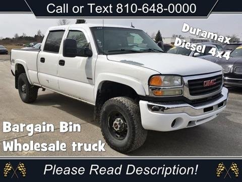 2005 GMC Sierra 2500HD for sale in Sandusky, MI