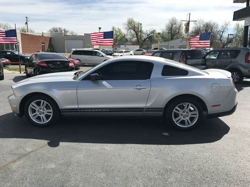 2010 Ford Mustang V6 2dr Coupe - Wichita KS