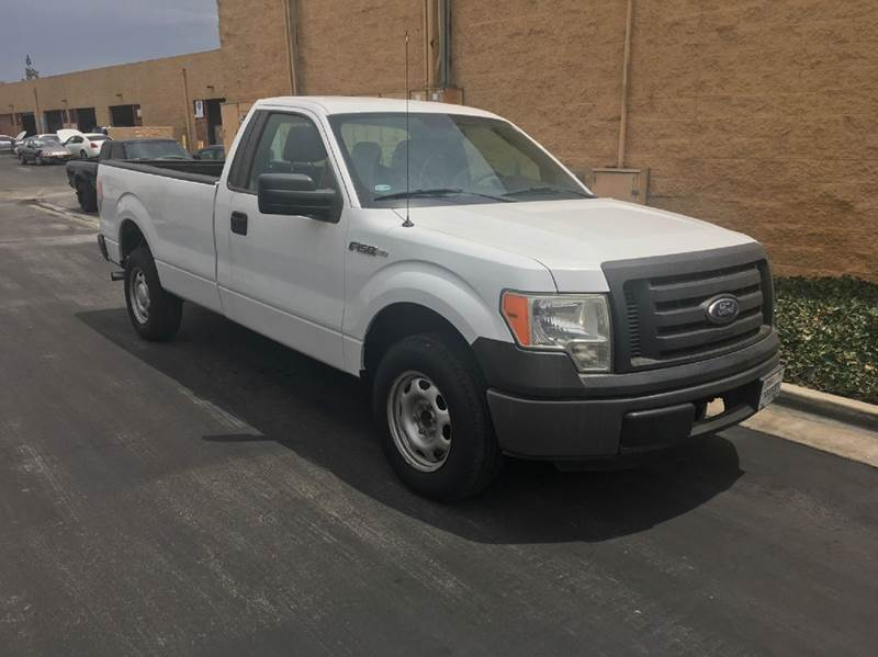2011 Ford F-150 4x2 XL 2dr Regular Cab Styleside 8 ft. LB - Tustin CA