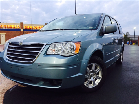 2008 Chrysler Town and Country for sale in Virginia Beach, VA