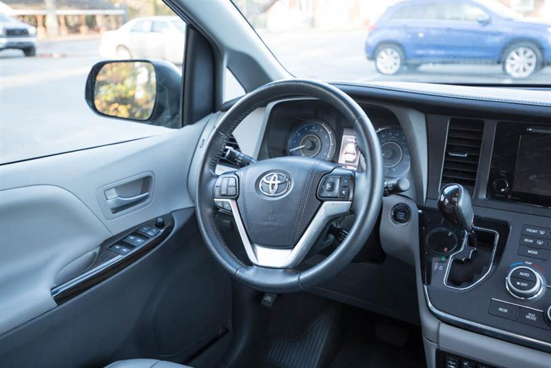 our premium xle cars toyota review view reviews sienna com