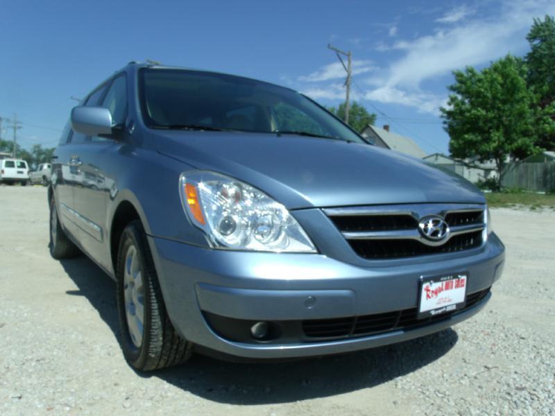 Used Hyundai Entourage For Sale In Nebraska Carsforsale Com