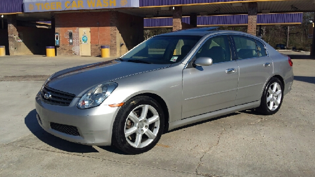 2005 INFINITI G35 BASE RWD 4DR SEDAN silver loaded up g35 has brand new tires and drives like a d