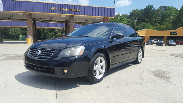 2005 NISSAN ALTIMA 35 SE 4DR SEDAN black anti-theft system - alarm center console - front conso