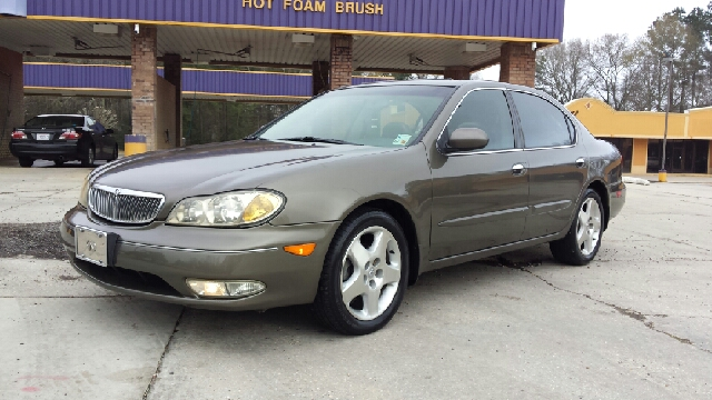 2000 INFINITI I30 TOURING 4DR SEDAN grey heres a super clean non smoker 1 owner infiniti if your