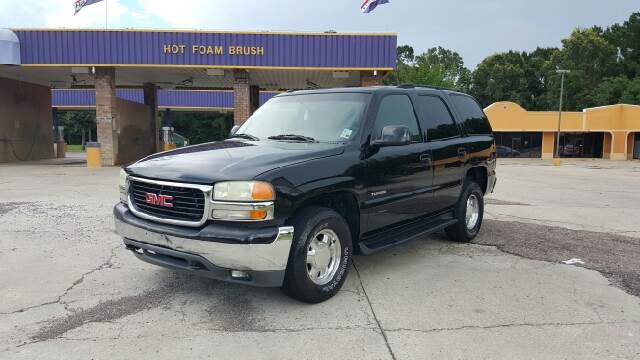 2003 GMC YUKON SLT 4WD 4DR SUV black low miles and loaded out 4wd leather 3rd row and power ro