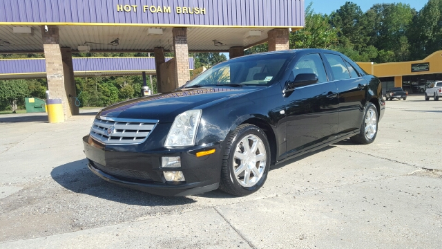 2007 CADILLAC STS V6 AWD 4DR SEDAN  36 6CYL 5A  black loaded with push button start and has br