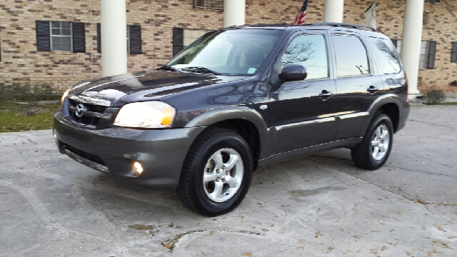 2005 MAZDA TRIBUTE S 4DR SUV navy blue runs and looks great has a power sunroof and power windows