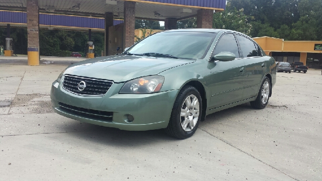 2005 NISSAN ALTIMA 25 S 4DR SEDAN green low miles brand new tires ice cold ac non smoker and