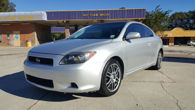 2006 SCION TC BASE 2DR HATCHBACK WAUTOMATIC silver 2005 scion tc it has good tires power windo