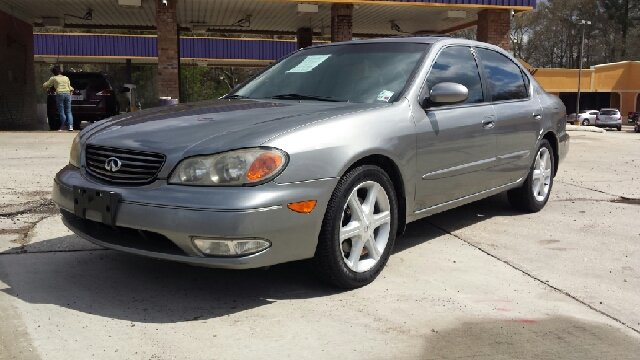 2003 INFINITI I35 BASE 4DR SEDAN silver one owner non smoker brand new tires will not find a nice