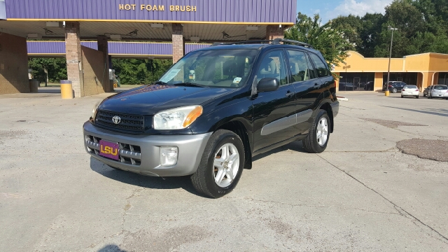 2003 TOYOTA RAV4 BASE FWD 4DR SUV black i have a 2003 toyota rav4 its a one owner 0 accidents a
