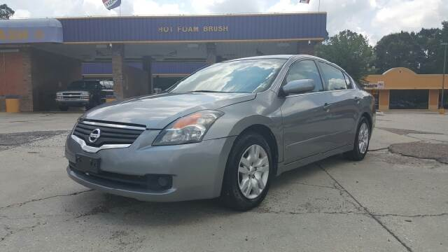 2009 NISSAN ALTIMA 25 S 4DR SEDAN CVT silver 09 nissan altima 25 s this car gets great gas mil