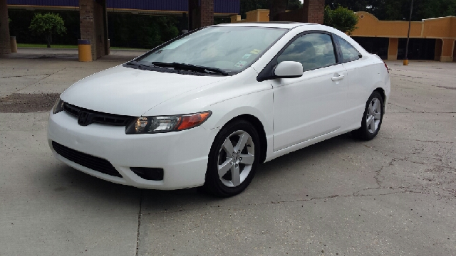 2006 HONDA CIVIC EX 2DR COUPE white fully loaded with power sunroof alloy wheels power windows an