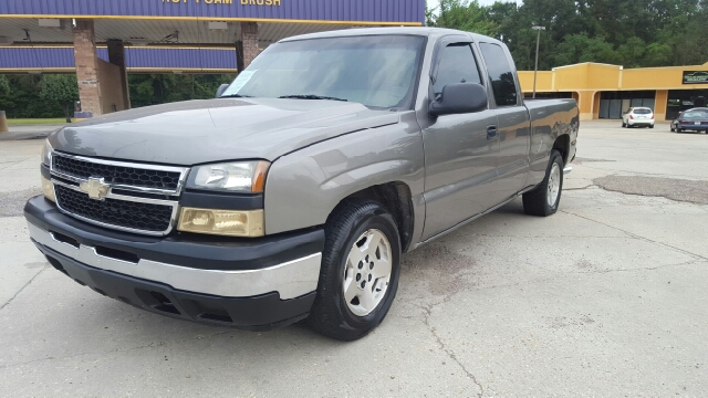 2007 CHEVROLET SILVERADO 1500 CLASSIC LS 4DR EXTENDED CAB 65 FT SB silver low miles cheapest i