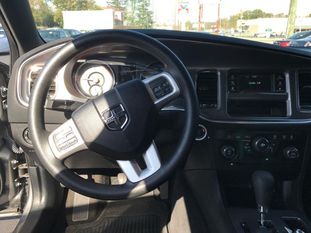 2012 Dodge Charger SE 4dr Sedan - West Chester OH