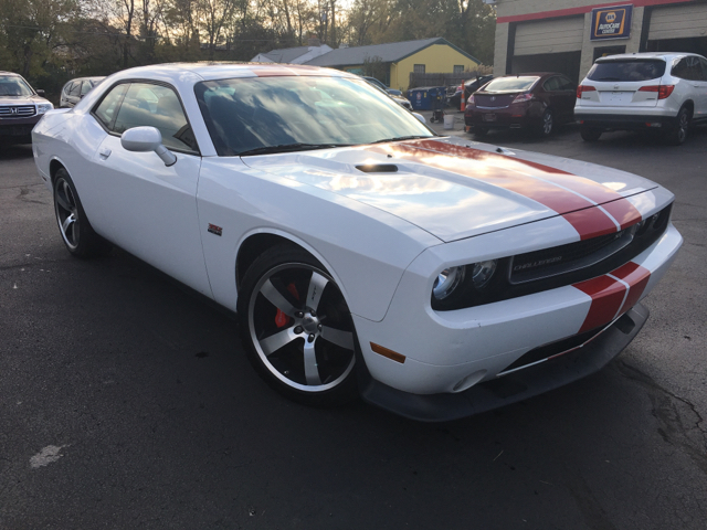 2012 Dodge Challenger SRT8 392 2dr Coupe - West Chester OH