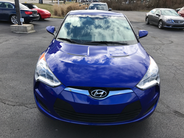 2013 Hyundai Veloster Base 3dr Coupe - West Chester OH