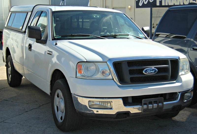 2004 Ford F-150 2dr Standard Cab XLT Rwd Styleside 8 ft. LB - Harrington DE