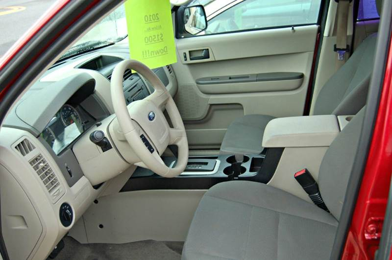 2010 Ford Escape AWD XLS 4dr SUV - Harrington DE