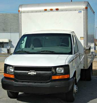 2004 Chevrolet Express Cutaway