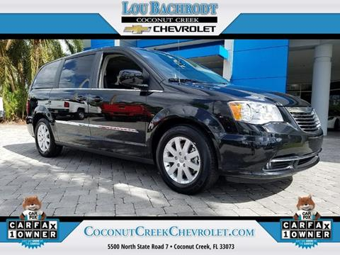 2016 Chrysler Town and Country for sale in Coconut Creek, FL