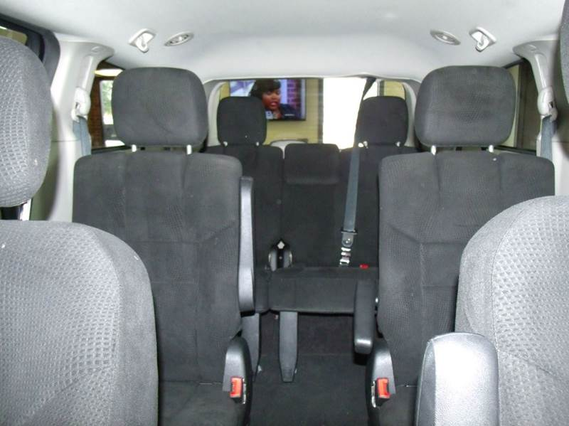 2013 Dodge Grand Caravan SXT 4dr Mini-Van - Chicago IL