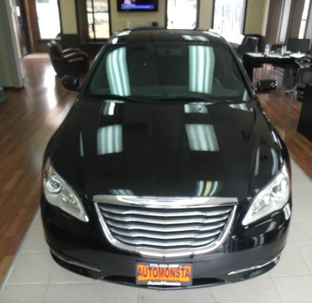 2014 Chrysler 200 LX 4dr Sedan - Chicago IL