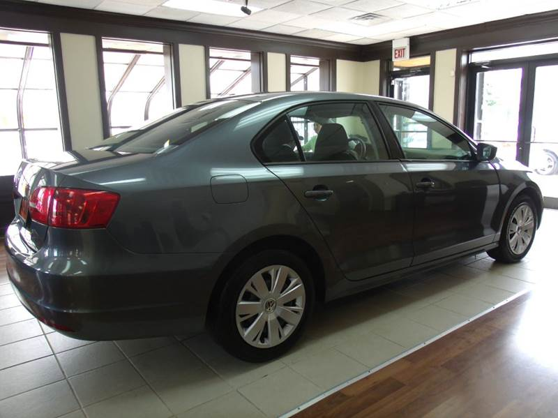 2006 Volkswagen Jetta Value Edition 4dr Sedan (2.5L I5 6A) - Chicago IL