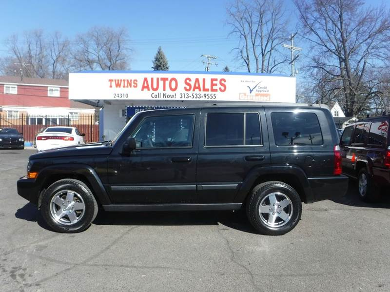 2009 JEEP COMMANDER SPORT 4X4 4DR SUV black 2009 jeep commander sport super cleanmust seewe