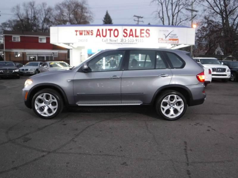 2011 BMW X5 XDRIVE35D AWD 4DR SUV gray 2011 bmw x5  xdrive35d awdsuper cleanmust seewe finan