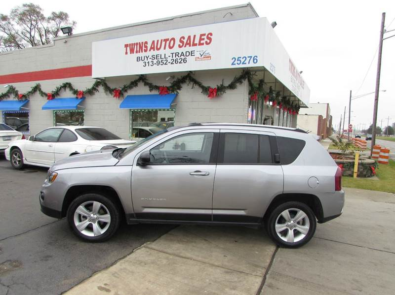 2016 JEEP COMPASS SPORT 4DR SUV gray 2016 jeep compass sport super cleanlow milesfinancing a