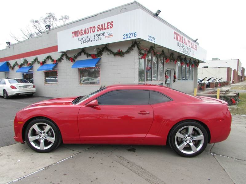 2010 CHEVROLET CAMARO SS 2DR COUPE W2SS red 2010 chevrolet camaro ss-2 super cleanlow miles