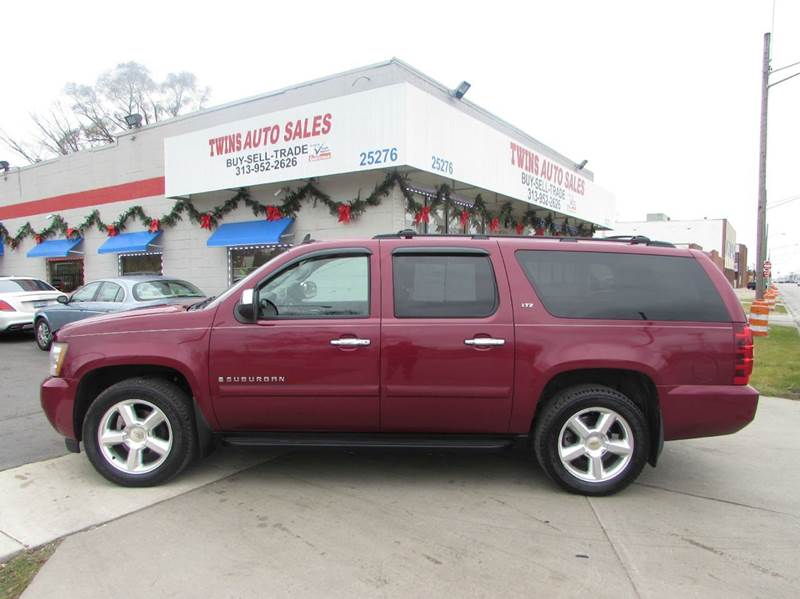 2007 CHEVROLET SUBURBAN LT 1500 4DR SUV 4WD red 2007 chevrolet suburban 1500 lt  super cleanmu