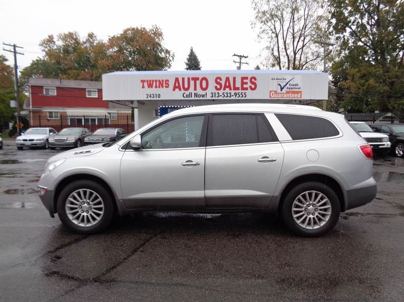 2010 BUICK ENCLAVE CXL AWD 4DR SUV W1XL silver 2010 buick enclave cxl super cleanmust seewe