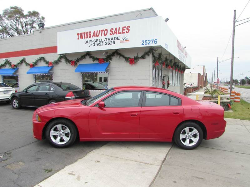 2013 DODGE CHARGER SE 4DR SEDAN red 2013 dodge charger sesuper cleanmust seewe finance v6