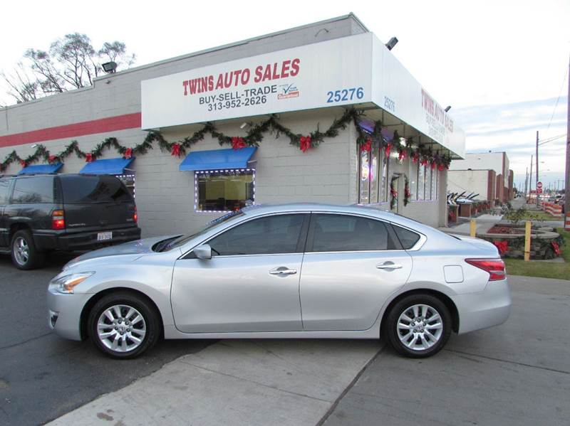 2013 NISSAN ALTIMA 25 S 4DR SEDAN silver 2013 nissan altima s super cleanmust seewe finance